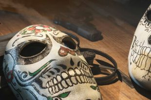 the division masque halloween